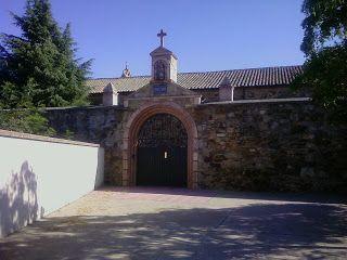 Resultado de imagen de MM. Clarisas: Pza. de Santa Clara, s/n. 24700 Astorga MM Clarisas: