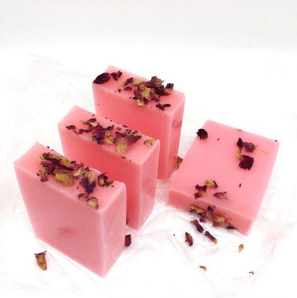 Jabón de agua de rosas