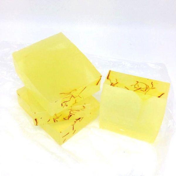jabón artesanal de azafrán