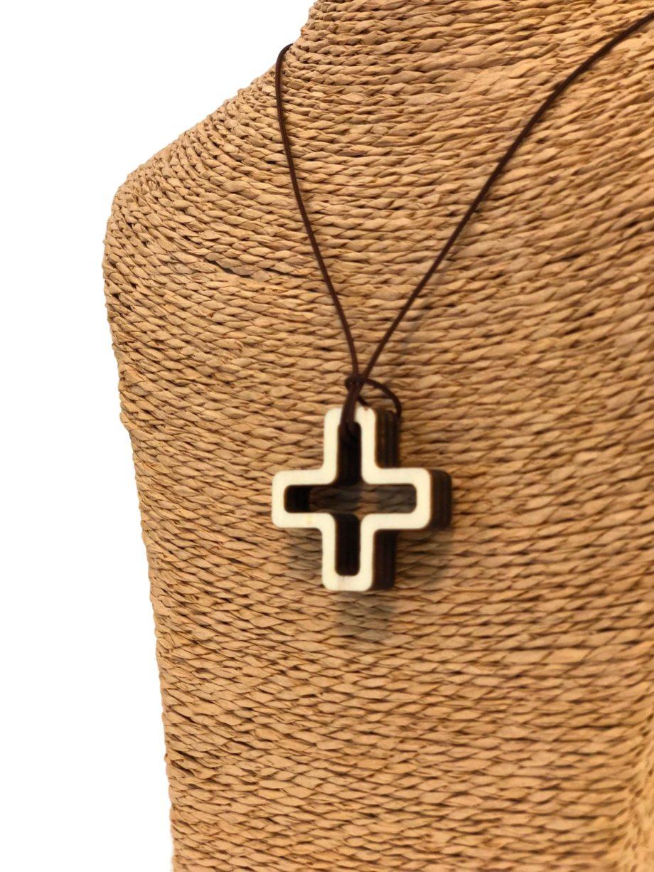 comprar cruces de madera para el cuello