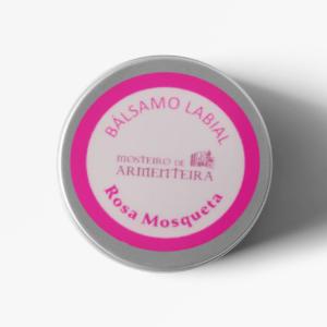 rosa mosqueta labios